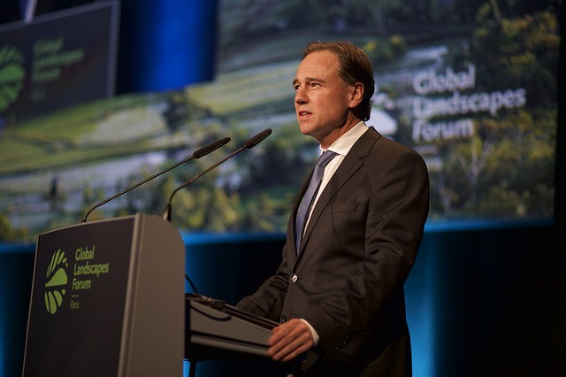 Australia's Minister for the Environment Greg Hunt at the 2015 Global Landscapes Forum in Paris. Photo: Pilar Valbuena for CIFOR